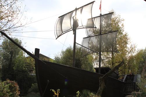 Free Sail